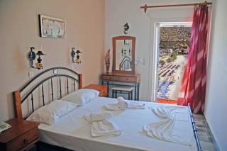 studios elena bedroom